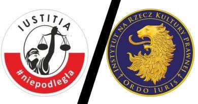 Logo Iustitia i Ordo Iuris, przedzielone