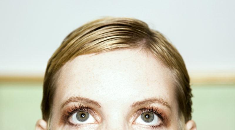 zapłakane kobiece oczy, portret