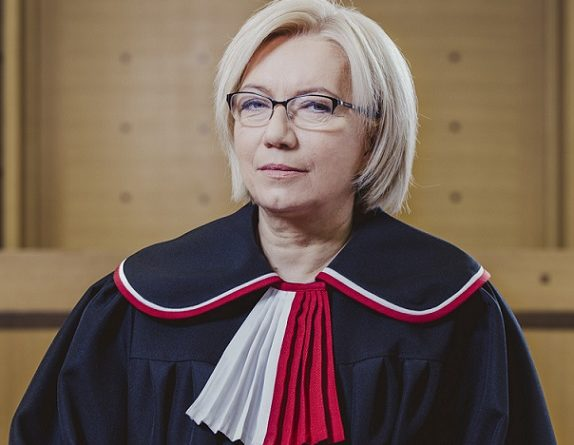 Trybunał Konstytucyjny, prezes Julia Przyłębska, zdjęcie oficjalne